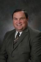 Dennis R DeGraw
