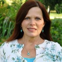 Evelyn (Geneie)  McIntosh