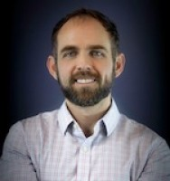 Jared J Wangsgard